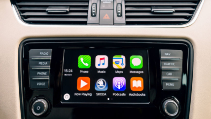 The Benefits of Apple CarPlay